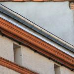 gouttiere zinc sur corniche avec habillage zinc de la corniche